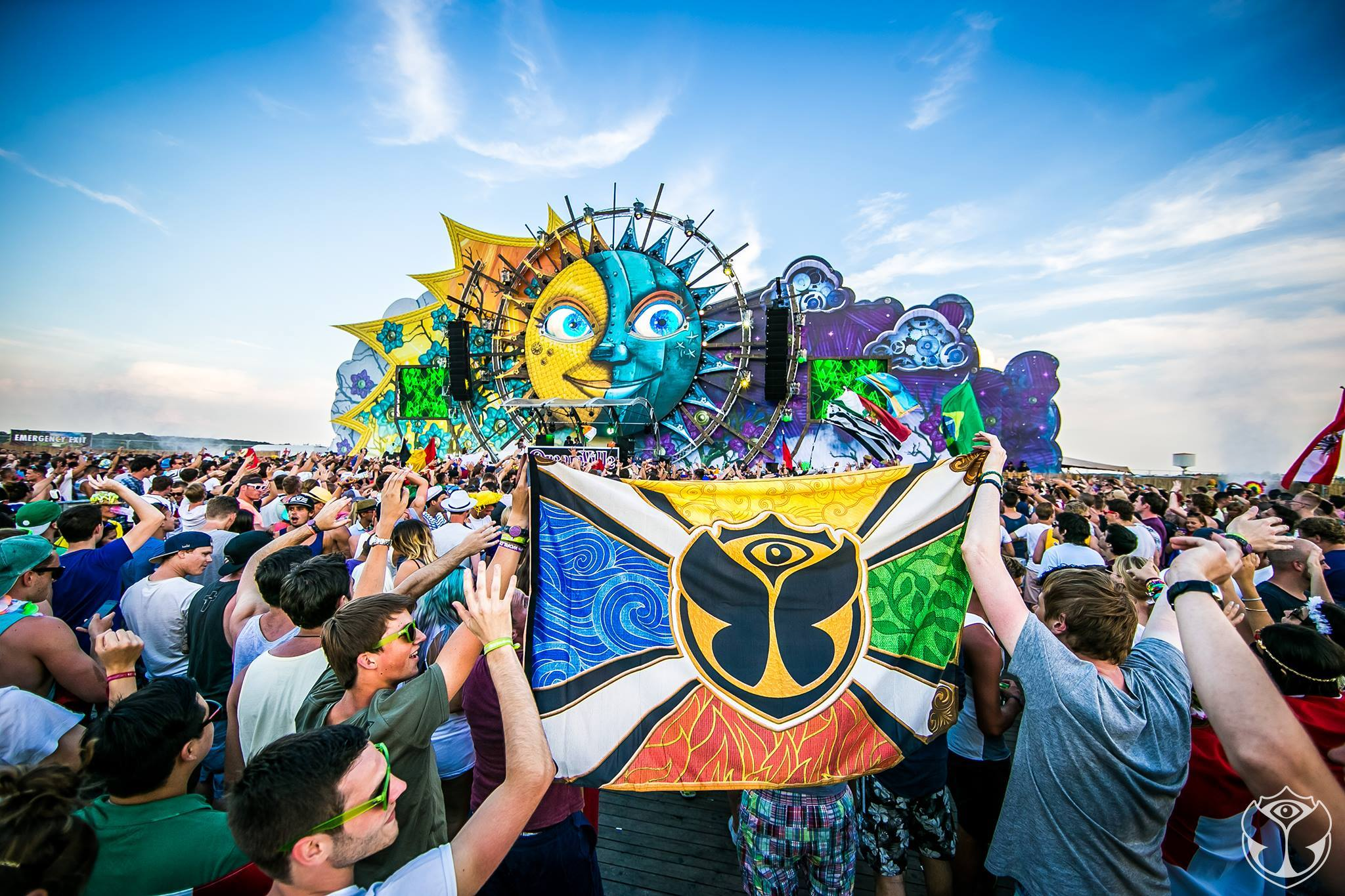 Tomorrowland-2015