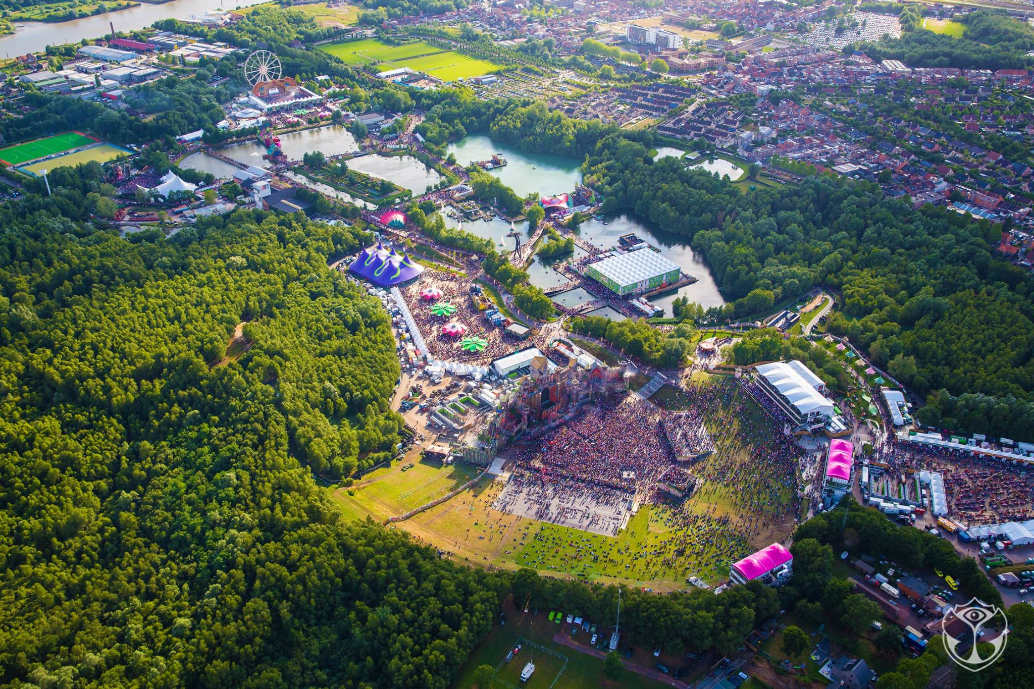 Tomorrowland 2015 picture 3